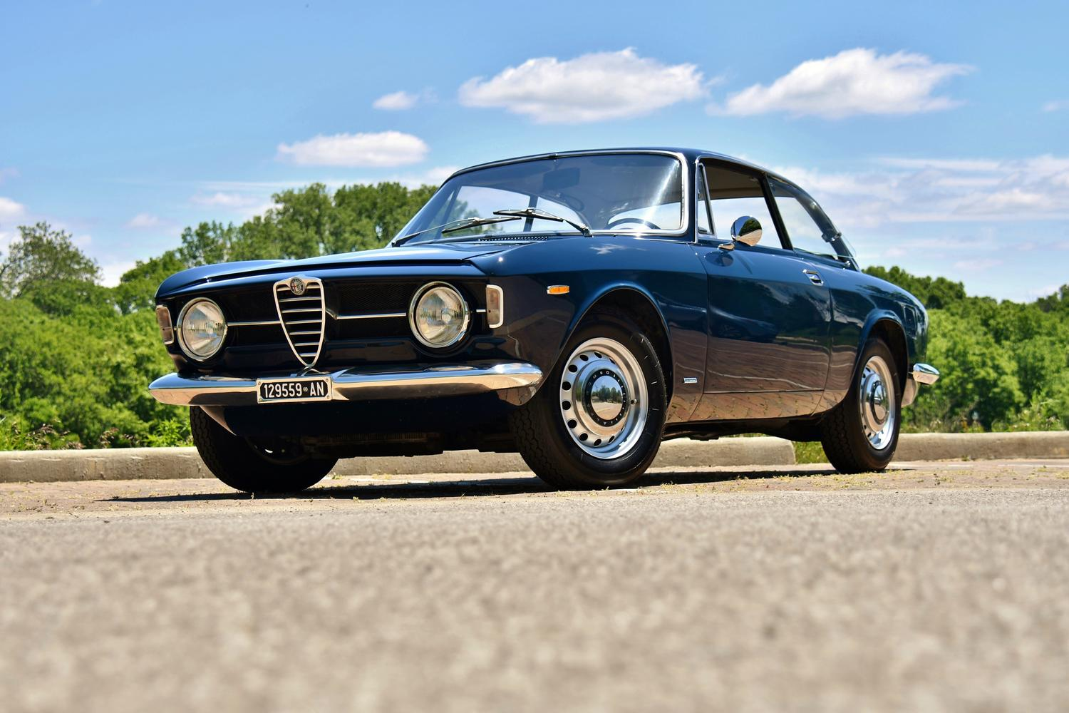 1969 Alfa Romeo Gt 1300 Junior Dutch Blue Grey Cloth