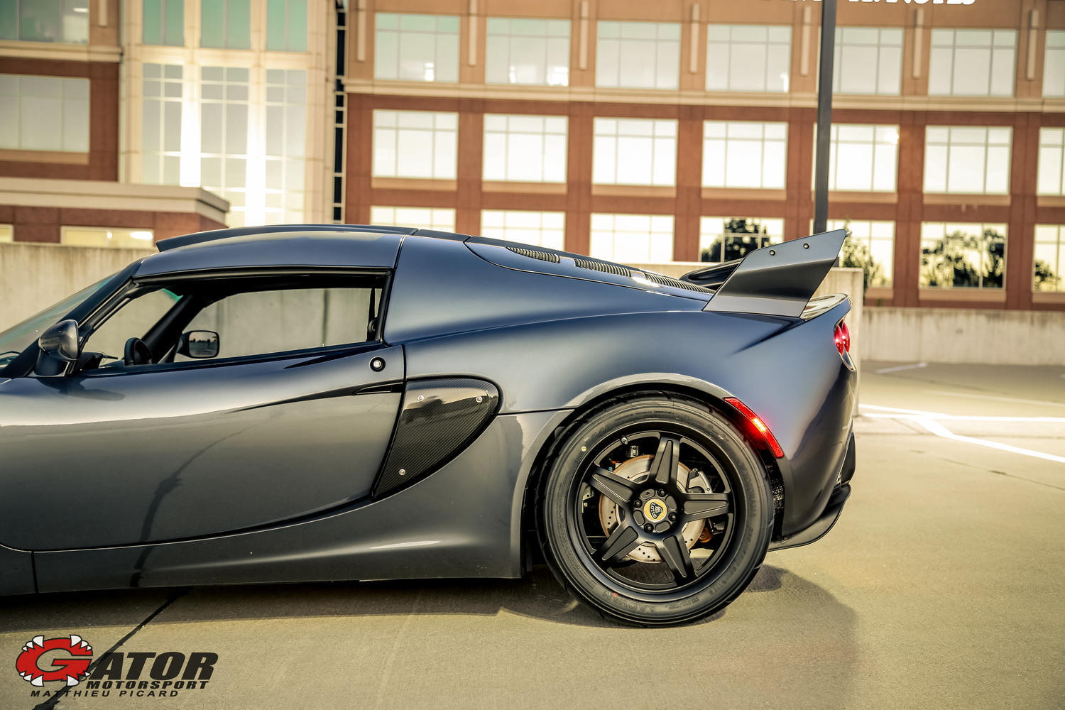 https://www.gatormotorsport.com/sites/default/files/styles/slide_car_wide/public/images/cars/preowned/IMG_0357.jpg?itok=-AAwwfCw